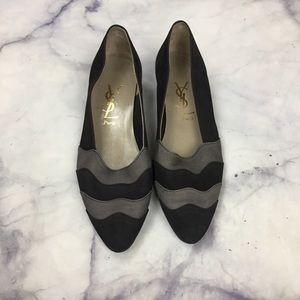 YVES SAINT LAURENT vintage low heels sz 35